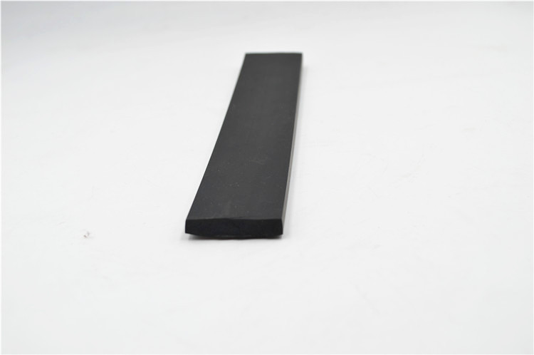 solid epdm rubber extrusion (2).JPG